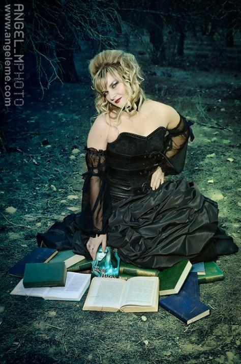 anne crosv, escritora